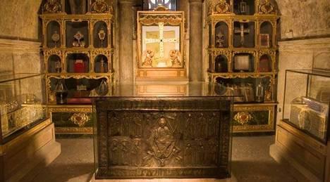 Santo Sudario - Cámara Santa de la Catedral-Oviedo