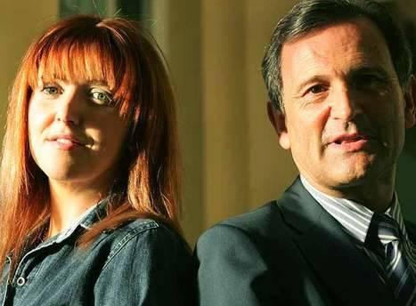 Carlos Martínez Alonso e Irene Zoé Alameda, alias 'Amy Martin' (¿Recuerdan el culebrón de Amy Martin, la escritora fantasma de la Fundación Ideas del PSOE?) Foto: El País, agosto de 2007.