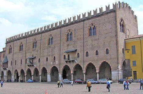 Palazzo del Capitano, uno de los edificios del palacio ducal de Mantua. (Foto: Wikipedia).