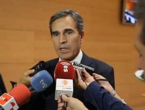 El presidente de la Comisión, Juan José Sanz Vitorio (PP)