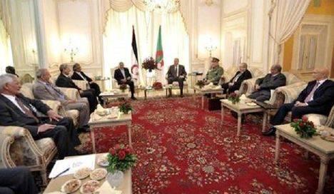 El Ejército argelino se resiste a retirar su apoyo al Polisario