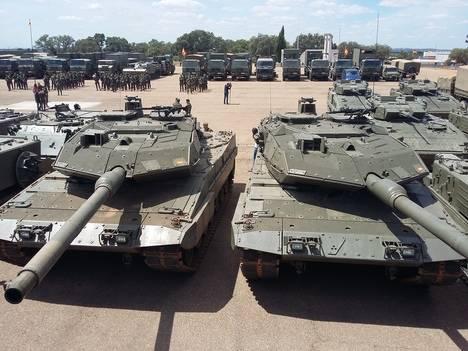 Carros de combate Leopardo 2E españoles en la Misión Presencia Avanzada Reforzada-Letonia