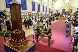 Solemne acto de homenaje en la Escuela de Guerra del Ejército, el pasado mes de junio, a los 102 militares y miembros de las Fuerzas y Cuerpos de Seguridad del Estado fallecidos en Afganistán. (Foto: https://www.lamoncloa.gob.es/serviciosdeprensa/).
