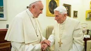 Los Papas Francisco y Benedicto XVI.