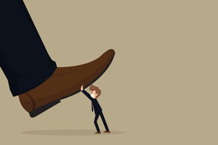 Ilustración: http://terceravia.mx/2017/01/una-nueva-fascinacion-autoritarismo-peligroso-avance-del-populismo-amenaza-los-derechos-humanos-advierte-hrw-2/