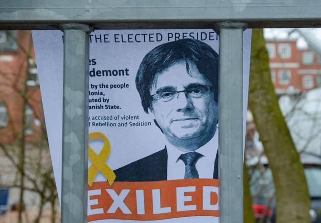 El golpista Puigdemont: la farsa que recorre Europa. (Daniel Reinhardt / AFP)