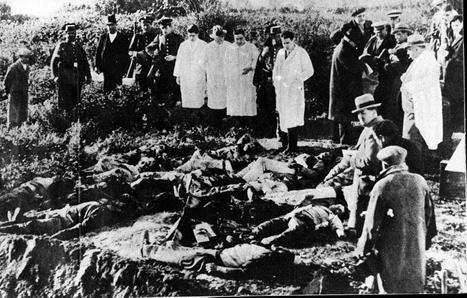 La matanza de Casas Viejas (Cádiz) ordenada por las autoridades gubernativas republicanas en enero de 1933, y ejecutada por fuerzas de la Guardia de Asalto y la Guardia Civil. (Fotografía tomada poco después de los luctuosos hechos).