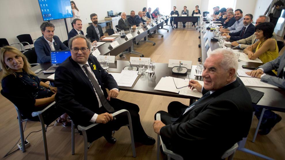 Quim Torra y Maragall durante la primera reunión del recuperado Diplocat. (Foto: La Vanguardia)
