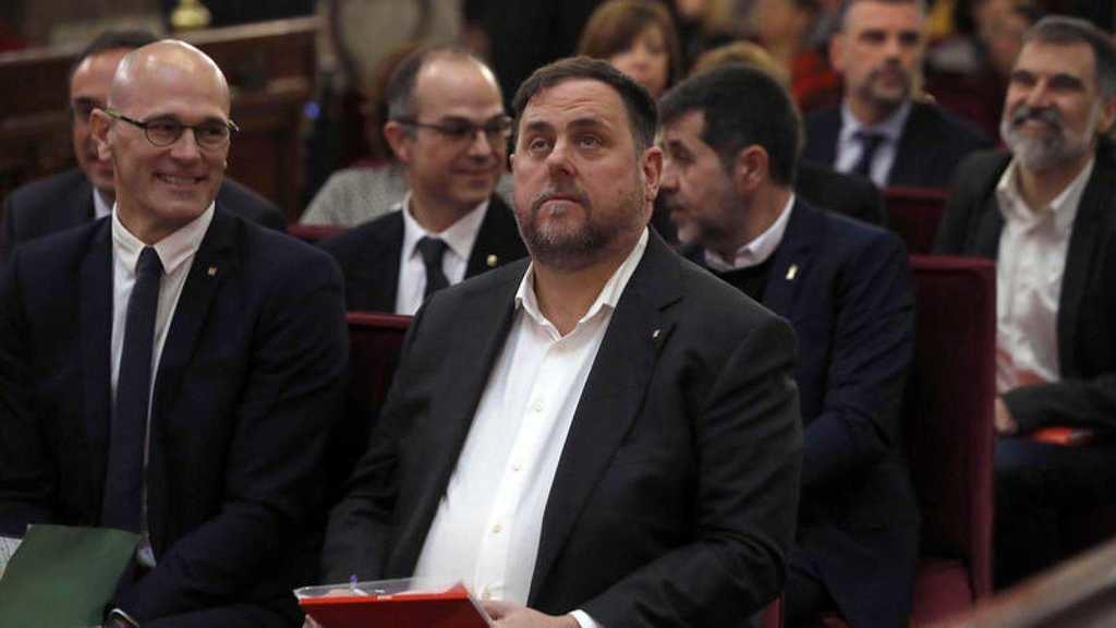Los golpistas catalanes en el banquillo del Tribunal Supremo. (Foto: RTVE).