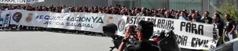 Concentración posterior a la multitudinaria Mesa de Negociación celebrada en Palencia