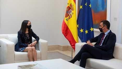 Arrimadas pide una 'tregua política' y se ofrece a Sánchez para negociar unos presupuestos 'moderados'. (Texto y foto: RTVE)
