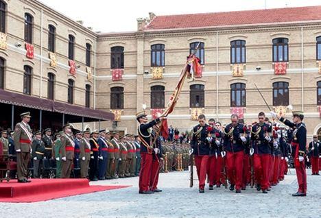 Jura de Bandera en la Academia General Militar. (Foto: AGM).
