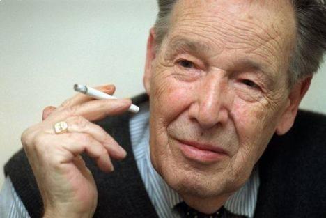 Juan José Linz Storch de Gracia (Bonn, Alemania, 24/12/1926 - New Haven, 1/10/2013)