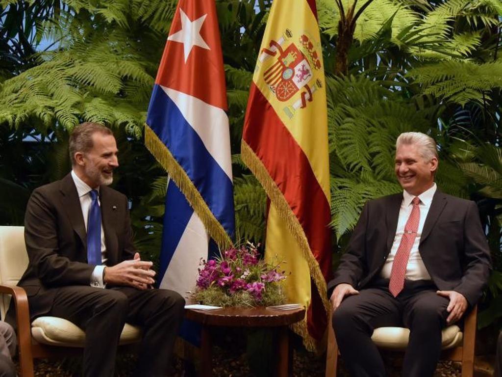 Granma: 'Durante el cordial encuentro intercambiaron sobre las positivas relaciones existentes entre Cuba y el Reino de España.' (Foto: Estudios Revolución)