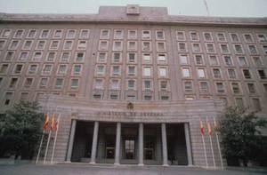 La defensa de España al límite
