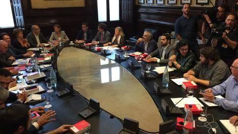 La Mesa y Junta de Portavoces receptores de la petición