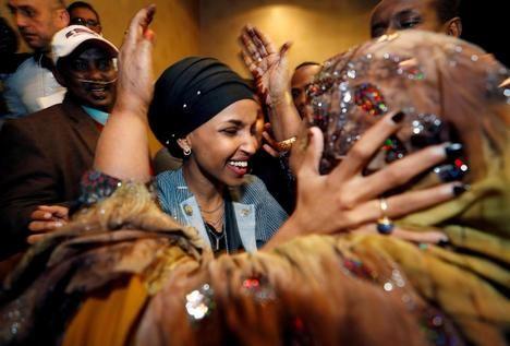 Ilhan Omar (en la foto) y Rashida Tlaib son las dos primeras mujeres americanas de origen árabe y de religión musulmana vencedoras en unas elecciones. (Reuters).