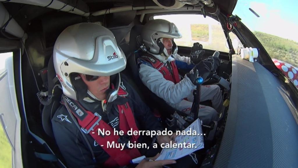 Albert Rivera, copiloto de Jesús Calleja, antes de su 'olímpica castaña'. (Foto: www.cuatro.com)