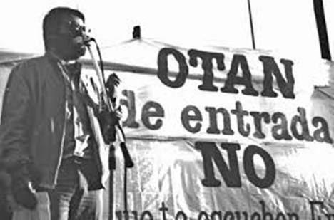 El PSOE (Felipe González) defendiendo el NO a la OTAN en 1981, desde la oposición. Foto: www.ctxt.es