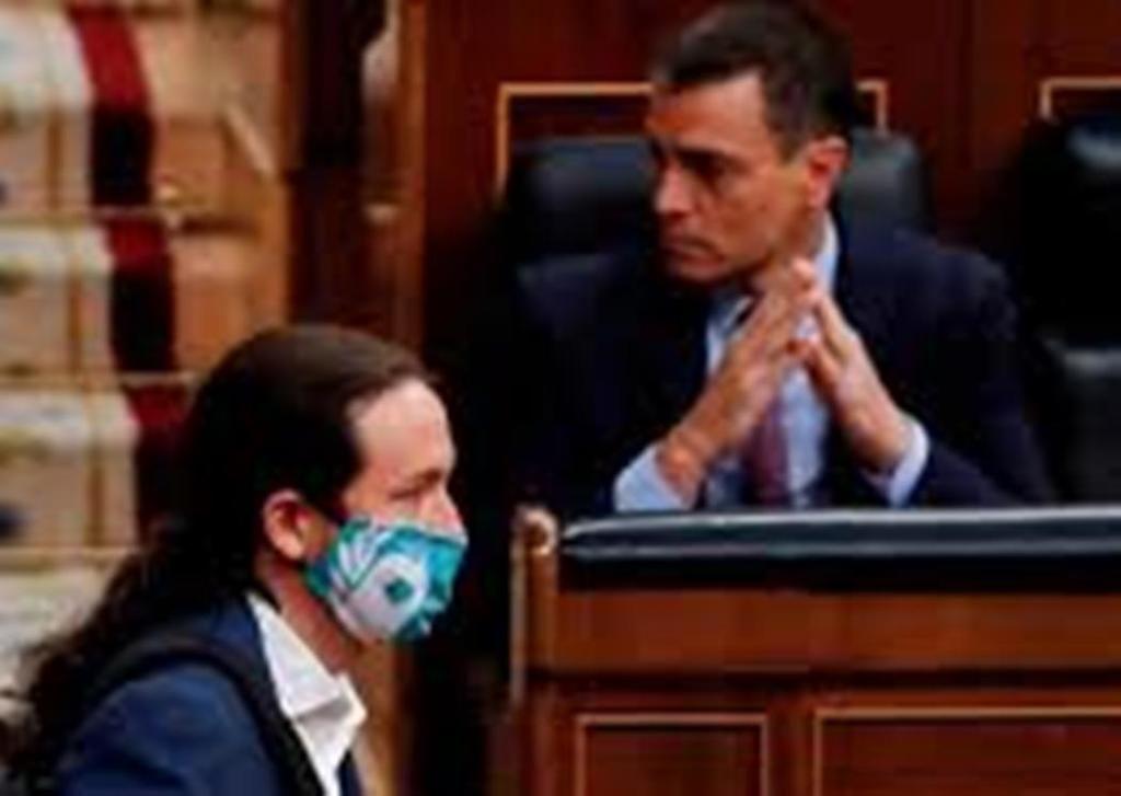 Pedro y Pablo (Sánchez e Iglesias) en el Congreso de los Diputados. (Foto: RTVE).
