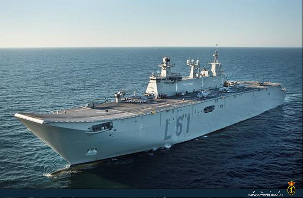Buque anfibio portaeronaves 'Juan Carlos I' (L-61). El mayor buque de guerra construido en España. (Pie y foto: Ministerio de Defensa de España)