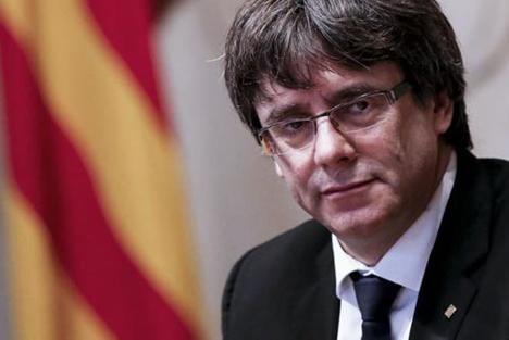 Carles Puigdemont detenido en Cerdeña. (Foto: Il Corriere de la Sera).