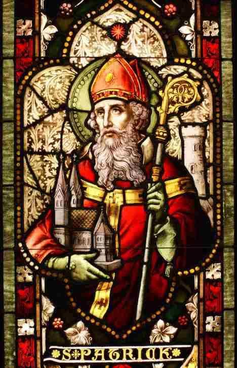Vidriera del Santo. Catedral del Cristo de la Luz, Oakland, California. Foto: preguntasantoral.es