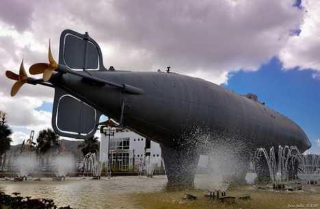 El submarino de Isaac Peral, en el Museo Naval de Cartagena (España).