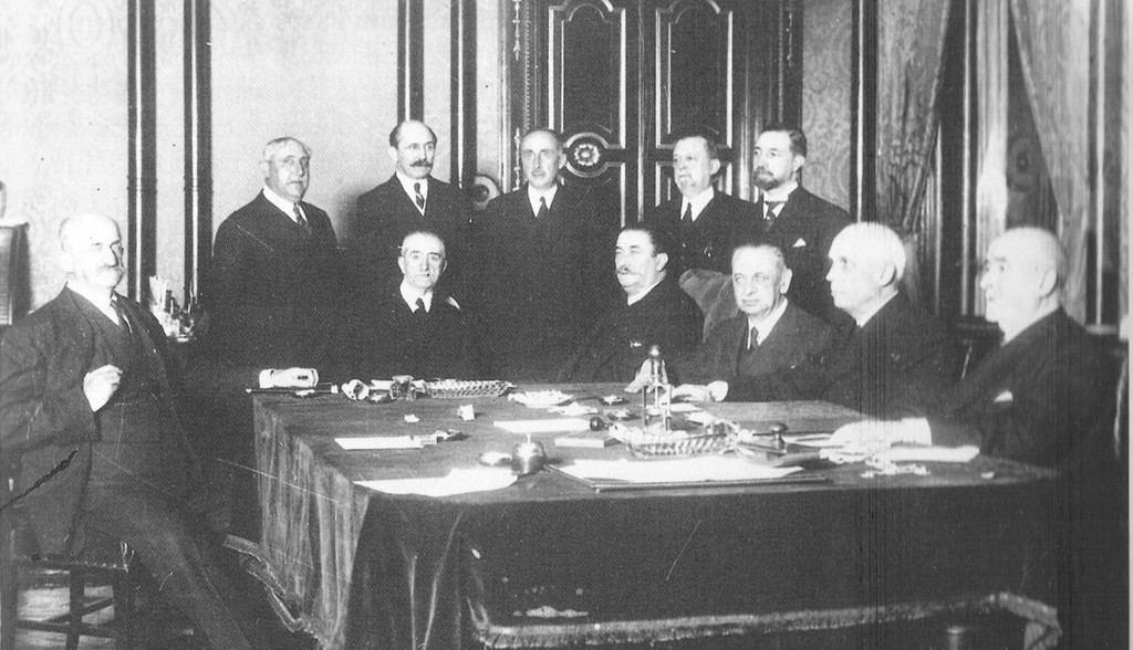 El último Gobierno de la Monarquía de Alfonso XIII, presidido por el Almirante Aznar. (Abril de 1936).