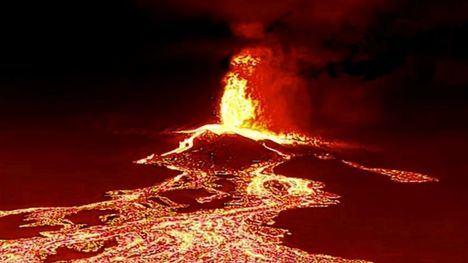 El volcán en erupción de La Palma, Canarias. (Foto: www.bbc.com / Reuters).