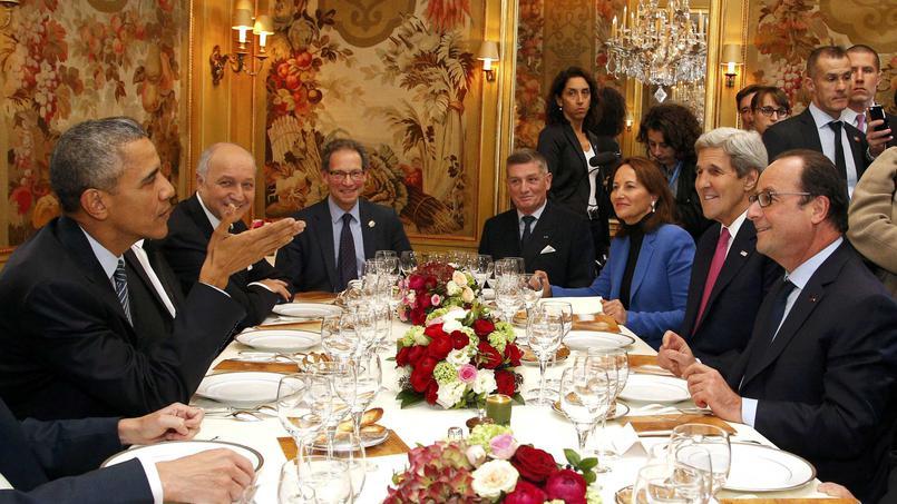 Los jefes de estado y de gobierno de todo el mundo saludan un acuerdo histórico sobre el cambio climático