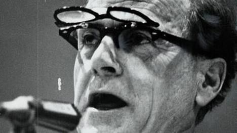 Herbert Marshall McLuhan (1911 - 1980), para muchos 'el profeta de Internet'. (Foto: www.bbc.com)