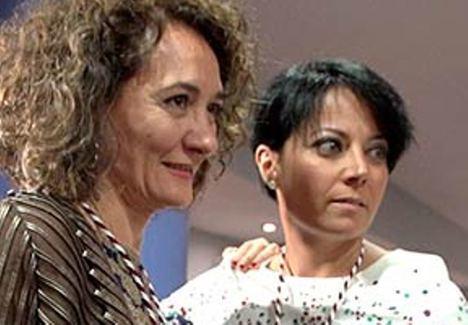 Gloria Fernández Merayo (izq) alcaldesa del PP y Rosa Luna Fernández (der) portavoz de C's en al Ayuntamiento de Ponferrada. (Foto: Bierzotv).
