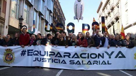 En la cabecera Inés Arrimadas, Albert Rivera y Javier García Albiol