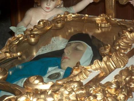 El cuerpo incorrupto de Sor María de Jesús de Ágreda. (Foto: https://mariadeagreda.org/)