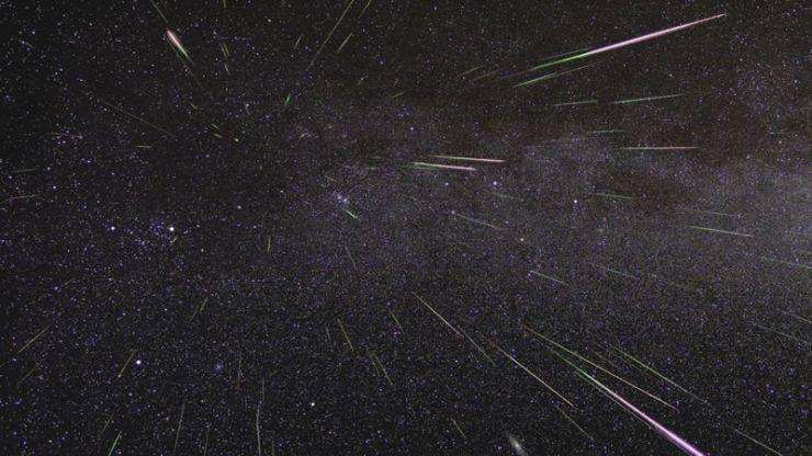 La lluvia de meteoros de las Perseidas, también conocidas como 'Lágrimas de San Lorenzo', se producirá en su máximo  durante la madrugada del 11 al 12 de Agosto. Imagen: NASA/JPL