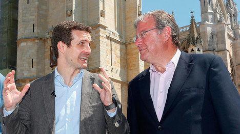 El presidente del PP Pablo Casado y el alcalde de León Antonio Silván. (Foto: La Nueva Crónica / ICAL)